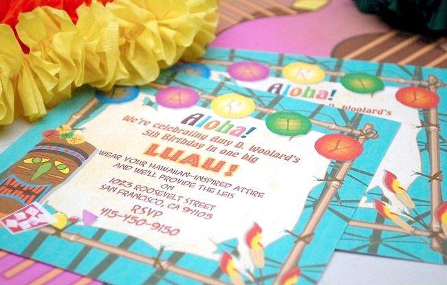 हवाईयन बच्चों की पार्टी की तैयारी