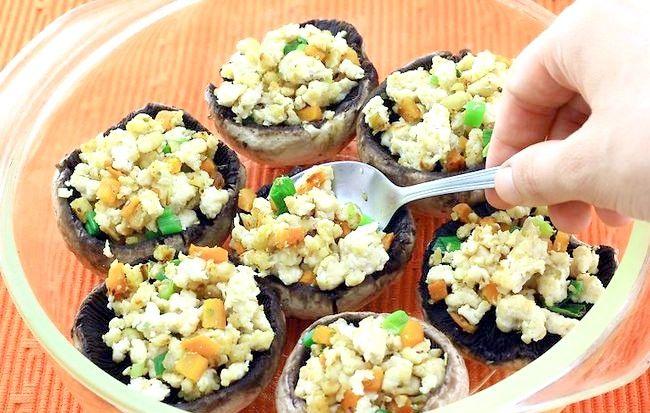 चित्र शीर्षक से स्वादिष्ट भरवां मशरूम चरण 5 बनाएं