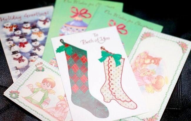 क्रिसमस कार्ड का पुन: उपयोग कैसे करें