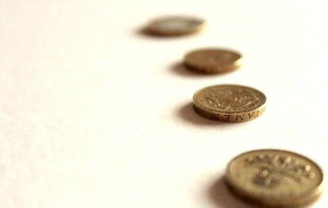 कैसे ऋण से छुटकारा और पैसा बचाओ
