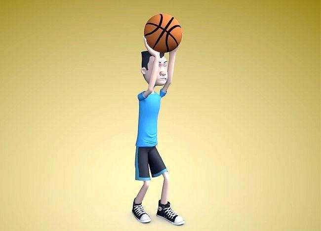 कैसे एक बेहतर बास्केटबॉल खिलाड़ी बनें