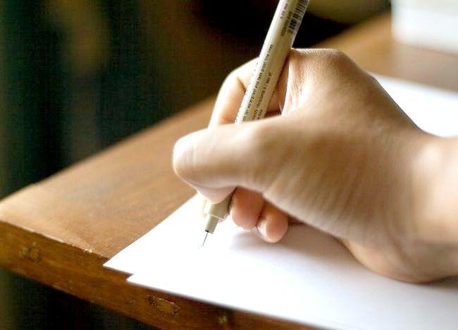 एक भुगतान लेखक कैसे बनें
